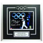 7396 - Wayne Gretzky Signed 2010 Olympics ''Olympic Rings''